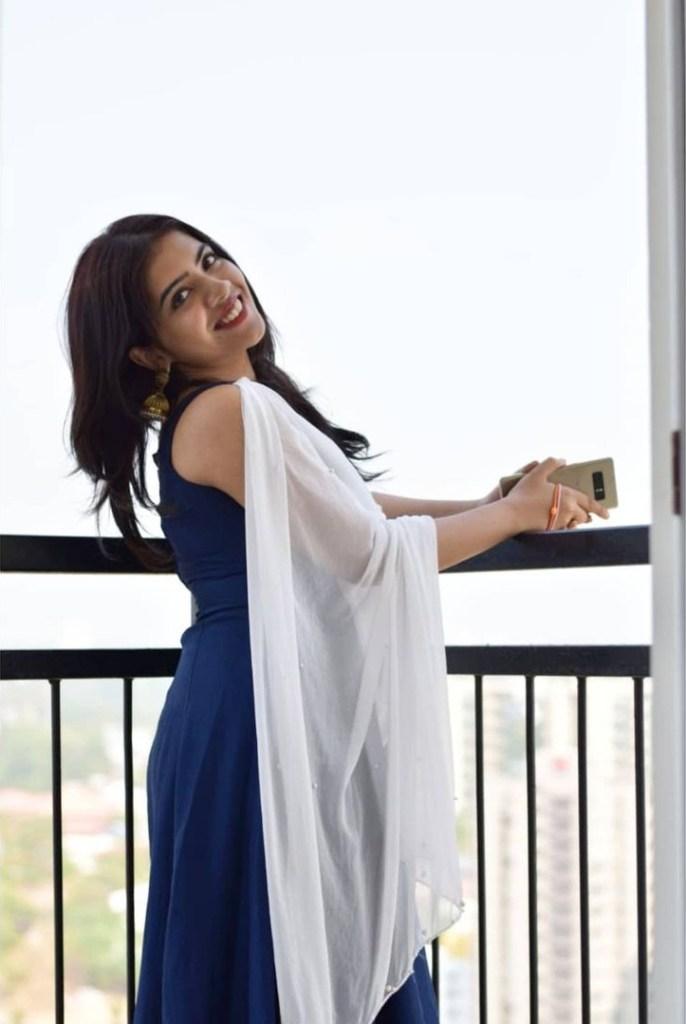 Vidhya Vijayakumar Stunning Photos, Biography, Wiki, Husband, Family, Instagram 32