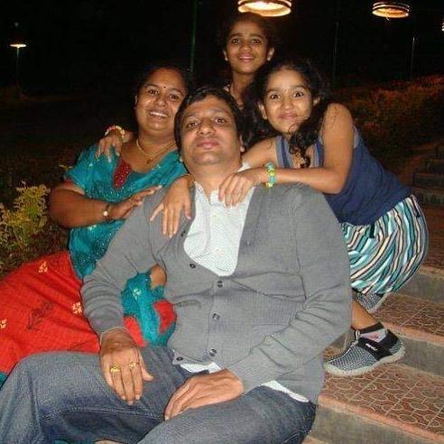 Saniya Iyappan Wiki, Age, Boyfriend, Movies, Family, Biography & beautiful Photos 5