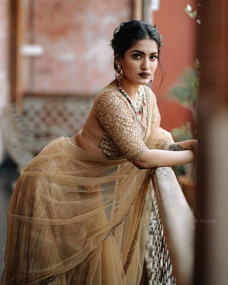 Saniya Iyappan Wiki, Age, Boyfriend, Movies, Family, Biography & beautiful Photos 27