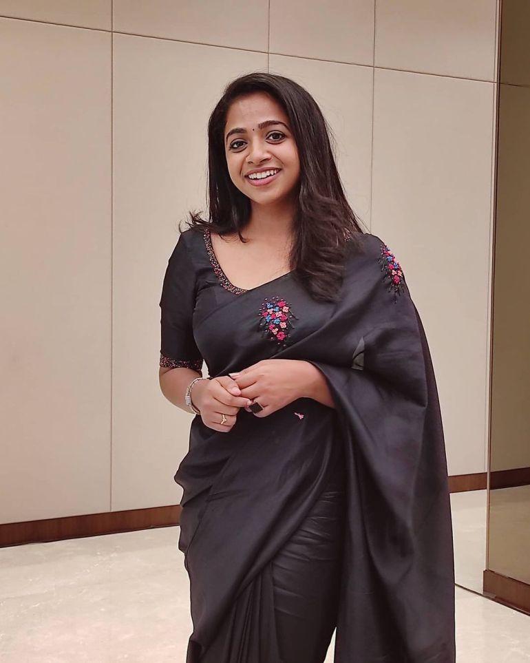 Sneha Babu Wiki, Biography, Age, Boyfriend, Movies, webseries and Beautiful Photos 13