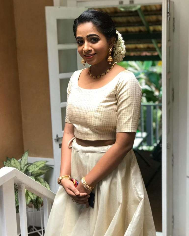 Sneha Babu Wiki, Biography, Age, Boyfriend, Movies, webseries and Beautiful Photos 25