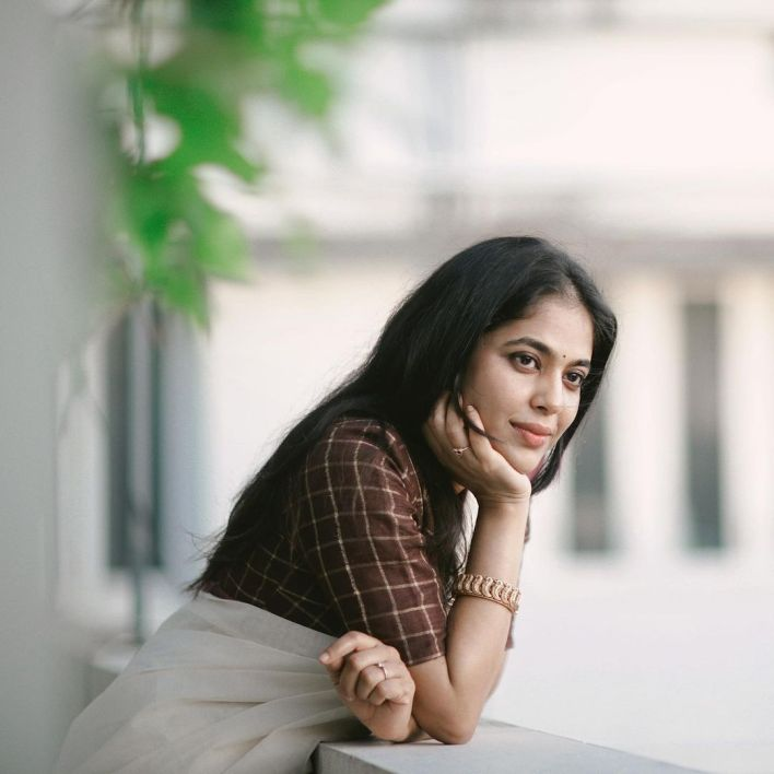 Srindaa/ Srinda 24+ Top Glamorous Photos 5