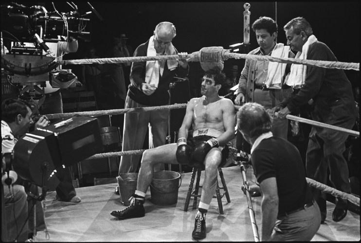Robert De Niro on the set Of Raging Bull  IMG SRC : www.sportsmemorabilia.com/