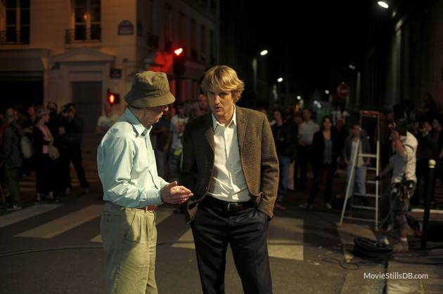 Behind-the-Scenes of Midnight in Paris  Image source: http://cdn.moviestillsdb.com/
