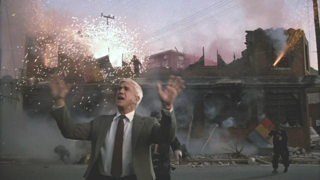 Recensie The Naked Gun 1988 Filmmierenneukers