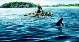 blake-lively-and-the-shark-the-shallows-39717776-1000-544_zps1doa99ui