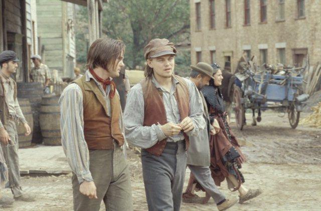 Gangs-of-New-york-leonardo-dicaprio-8610560-892-587