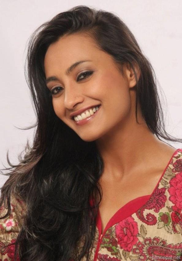 all4i: Top Nepali Actress Jharana Bajracharya