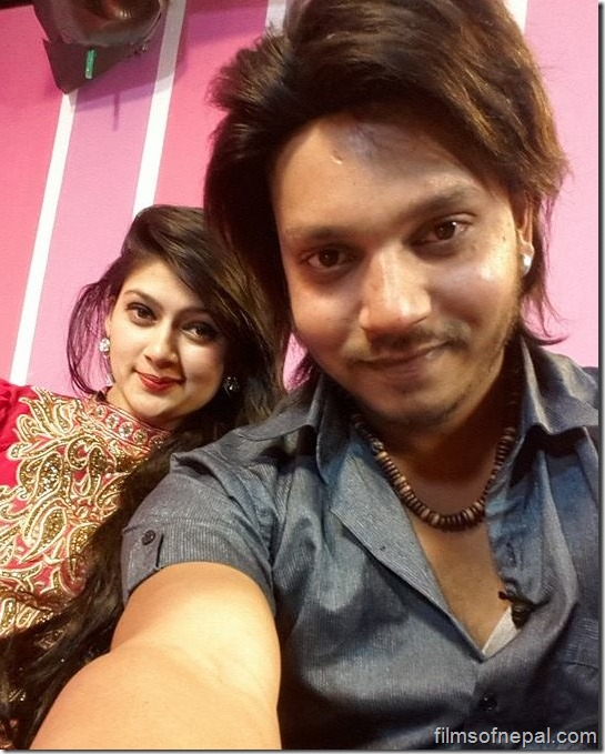 alvida selfie hassan and actress anita