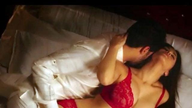 7 Steamiest Bedroom Scenes In Bollywood History