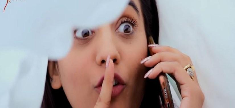 Akshara Singh's Song Call Kare Kya
