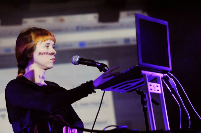 150511-holly-herndon-640x426