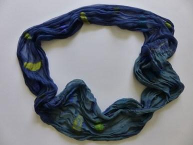 * Loopschal blau