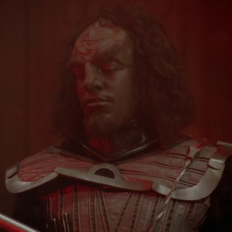 Teo Smoot as a klingon