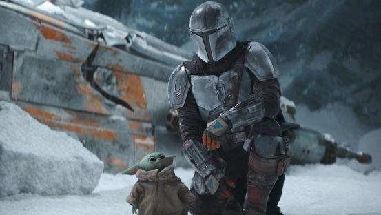Snow fun for Baby Yoda and Mando