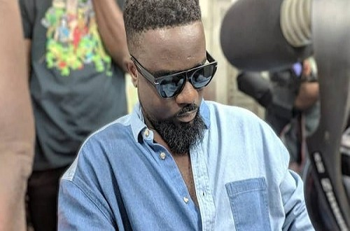 BREAKING NEWS: 'Stingy' Sarkodie joins Stingy Men Association; says he wants to be the CEO