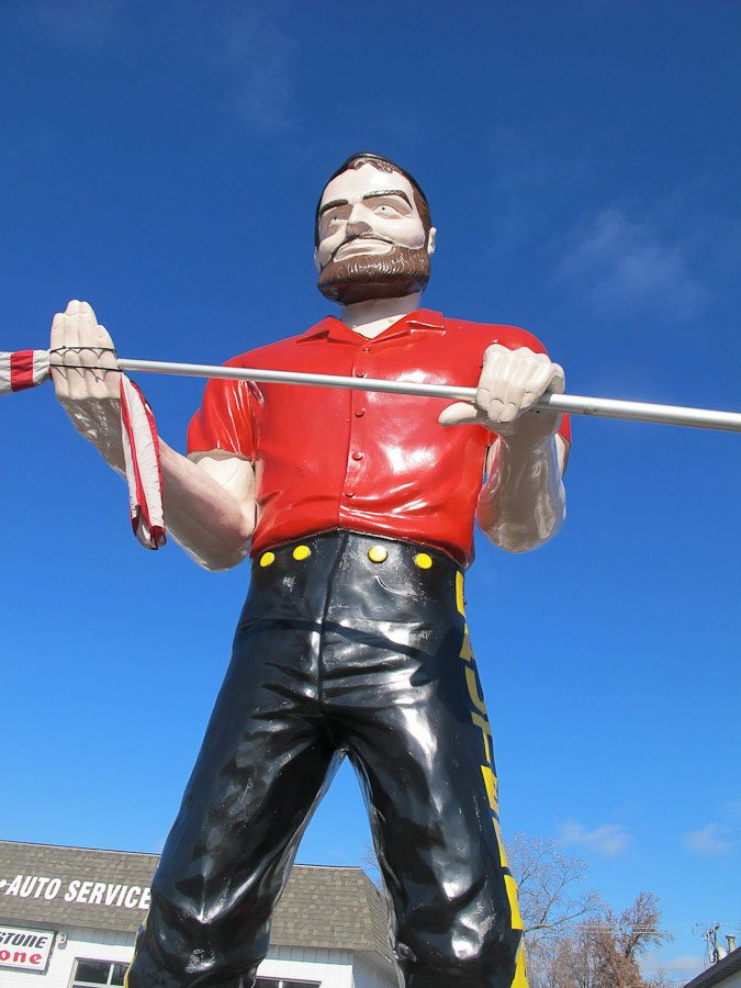 Giants on Route 66: Lauterbach Giant