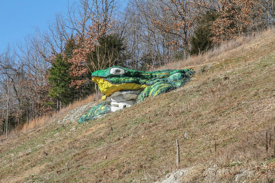 Giant-frog-Route-66
