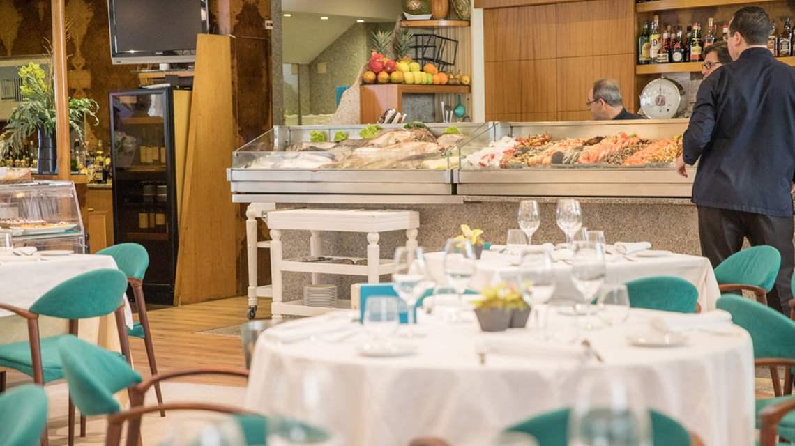 Os Lusiadas Restaurant in Porto