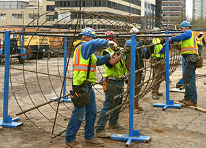 A construction crew continues work on the northeast quadrant of South Fourth Street and Fifth Avenue in Minneapolis. (Staff photo: Bill Klotz)