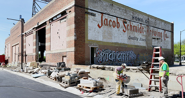 Efforts to redevelop the former Schmidt Brewery keg house have been hampered by the age and condition of the building. Now, developer Craig Cohen is seeking to buy the building for $550,000 and develop the structure into a festival market, according to city of St. Paul documents. (Staff photo: Bill Klotz)