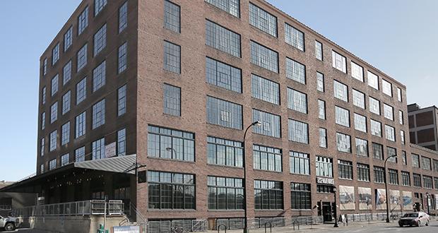 ElseWarehouse offers 116 tony, one- to three-bedroom apartments in Minneapolis' booming North Loop. (Staff photo: Bill Klotz)