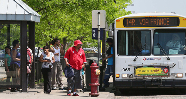 In discussing improvements related to the Southwest Light Rail Transit project, an immediate concern of the Northside Residents Redevelopment Council has been adding bus shelters and improving service on north Minneapolis bus routes. Metro Transit has committed to 24 new and 15 replacement shelters in the area. (File photo: Bill Klotz)