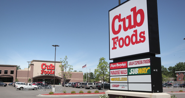 Supervalu operates the Cub Foods chain of stores, including this one on the East Side of St. Paul. (Staff photo: Bill Klotz)