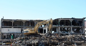 The McClellan Building is being demolished to make way for a six-level, 1,610-stall parking ramp to be owned by the Minnesota Sports Facilities Authority. (Photo by Craig Lassig)