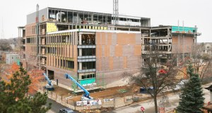 Roseville-based McGough Construction is building the University of Minnesota Ambulatory Care Center at 909 Fulton St. SE in Minneapolis. (Staff photo: Bill Klotz)