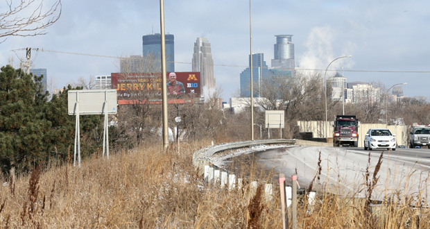A new southbound ramp from Interstate 35W to Lake Street would be constructed as part of an access and improvement project in Minneapolis. Hennepin County is seeking $9.56 million in state bonding for the project. (Staff photo: Bill Klotz)