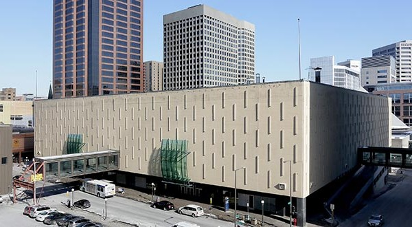 The St. Paul Port Authority's board on Tuesday approved plans to sell a 25,000-square-foot section of the downtown Macy's building to a retail developer, its first transaction since launching the site's redevelopment last year. (File photo: Bill Klotz)