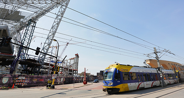 A pedestrian bridge over Chicago Avenue would link the new Vikings stadium and the Downtown East light rail transit platform in Minneapolis. Several Met Council members have urged Metro Transit to continue negotiations with the Vikings and the MSFA for money to build the bridge. (Staff photo: Bill Klotz)