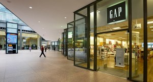 The Gap store at the IDS Center in Minneapolis will close later this month, ending the store's two-decade run in downtown Minneapolis. (Staff photo: Bill Klotz)
