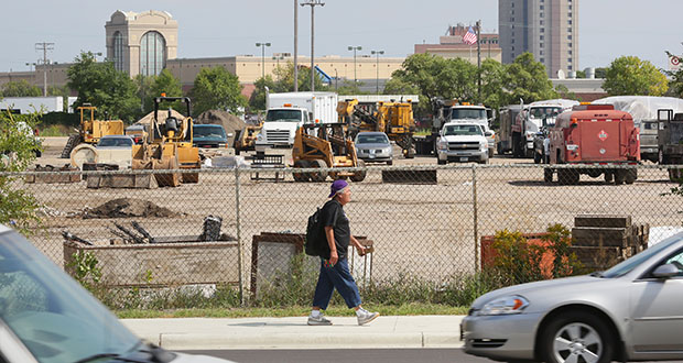 Major League Soccer Commissioner Don Garber on Monday toured a prospective stadium site at Snelling and University avenues near Interstate 94 in St. Paul. He also met with Mayor Chris Coleman to discuss prospects for the facility. (File photo: Bill Klotz)