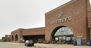The West Village shopping center at 800 W. 78th St. in Chanhassen is anchored by a Lunds & Byerlys store and has 26 tenants. (File Photo: Bill Klotz)