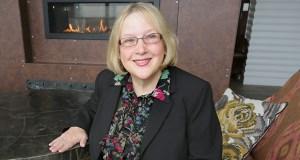 Linda Bona  (Staff photo: Bill Klotz)