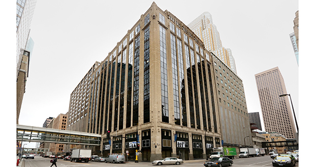 Los Angeles-based PCCP LLC wants to convert the Northstar Center East office building at the corner of Second Avenue South and Sixth Street in downtown Minneapolis. Staff photo: Bill Klotz