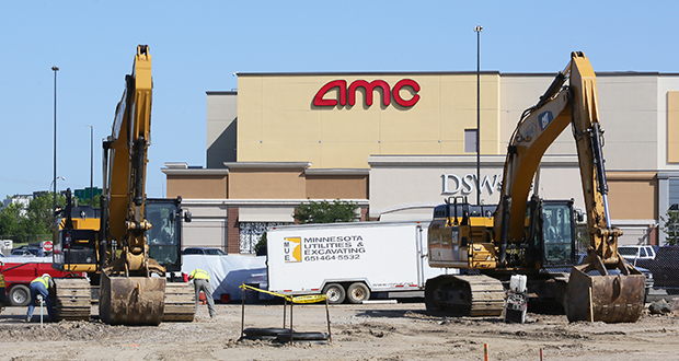 Workers at Rosedale Center in Roseville have started construction on a new parking structure, the first phase of a two-year renovation and expansion of the 1.1 million-square-foot regional mall. (Staff photo: Bill Klotz)