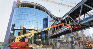 Crews continue work on the $224.6 million Hennepin County Medical Center expansion in downtown Minneapolis. The six-story building recently topped out and is on track for completion in December 2017. (Staff photo: Bill Klotz)