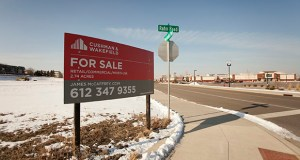 A 2.74-acre parcel at the northwest quadrant of Cedar Grove Parkway and Rahn Road in Eagan will be the site of a 150-unit apartment building. The site is between the Twin Cities Premium Outlets mall and existing multifamily buildings. (Staff photo: Matt M. Johnson)