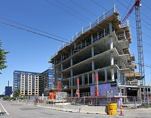 Jim Stanton's 374-unit Legacy Condos project is taking shape at 121 12th Ave. S. in the Mill District of Minneapolis. (Staff photo: Bill Klotz)