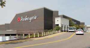 Smaller retailers in malls may consider triggering co-tenancy clauses in their leases with the closing and liquidation of Herberger's and other Bon-Ton Stores Inc.'s stores across the country. Mall landlords are pushing to eliminate or narrow such escape clauses in the wake of mass department-store closings. This photo shows Herberger's in Rosedale Center in Roseville. (File photo: Bill Klotz)