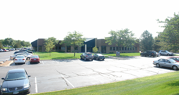 An entity related to Chaska-based Cornerstone Investors has purchased this 1980s flex showroom at 7615 Golden Triangle Drive in Eden Prairie. (Submitted photo: CoStar)