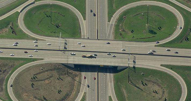 Shafer Contracting is the Minnesota Department of Transportation's apparent low bidder for a project that will improve safety and relieve congestion on this busy stretch of freeway where Interstate 94 converges with interstates 494 and 694 in Oakdale and Woodbury. (Submitted photo: MnDOT)