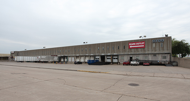 Onward Investors plans to renovate and expand this former Sears warehouse at 2600 Winter St. NE in Minneapolis to market to new tenants. (Submitted photo: CoStar Group)
