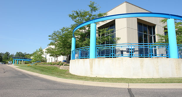 The Skyline Exhibits building at 3355 Discovery Road in Eagan is fully occupied by the company that had it built in 1998. (Submitted photo: CoStar)
