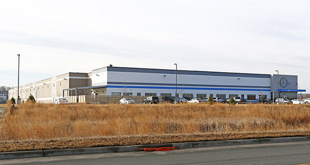A 135,000-square-foot building at 1451 Dean Lakes Trail in Shakopee occupied by Bayer CropScience was at peak value when a Ryan Cos. US Inc. entity sold it in 2019. (Submitted photo: CoStar)