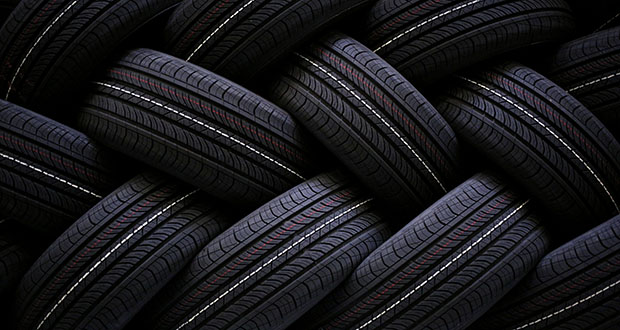 The family of the founder of Les Schwab Tire Centers is weighing a sale that could value the Bend, Oregon-based retail chain, with more than 450 locations in 10 states, at more than $3 billion. (Bloomberg file photo)