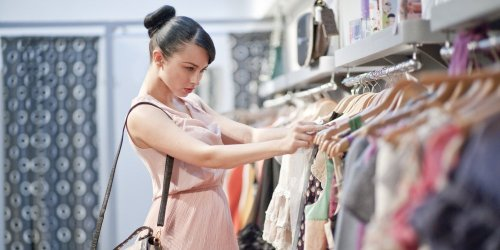 Fashion Lady Shopping Cartoon 2